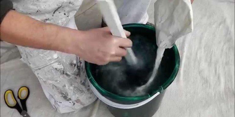 Duvar Kağıdı Yapıştırıcısı Nasıl Hazırlanır