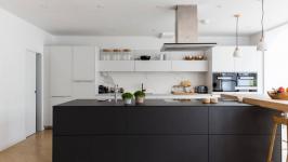 Siyah Beyaz Mutfak Dolabı Modelleri